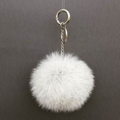 CREAM FUR POM POM #chain #collection #keychain #cream #new #pompom #style #trendy #fashion #furbags #bag #accessory #accessories #jewelry #summer #etsy #woman #women #hot #love #totebag #instagold #instadaily #folowme #designer #damiankastorianfurs