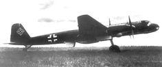 El Henschel Hs 130 fue un avión alemán de reconocimiento y bombardeo a gran altitud desarrollado en la Segunda Guerra Mundial, pero nunca fue utilizado en la práctica debido a diversas fallas mecánicas.   Rol: avión de investigación a gran altura/reconocimiento  País de origen Alemania  Fabricante Henschel  Primer vuelo 1939  Estado solo prototipos  Usuario Luftwaffe
