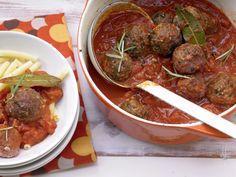 Hackbällchen in Tomatensauce - Familienessen (2 Erw. und 2 Kinder) - smarter - Kalorien: 569 Kcal - Zeit: 50 Min.   eatsmarter.de