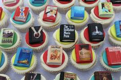 Book cupcakes. Bookcakes. Also known as, perfectly delicious.