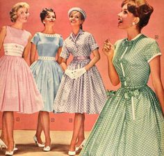 1950s summer dresses! Why did fashion ever veer away from this style?