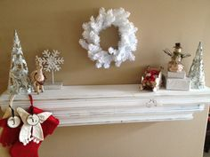 {My Holiday Home - Mantel}