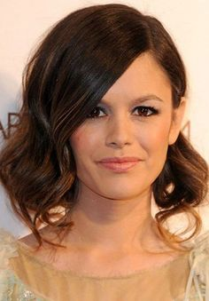 Rachel Bilson Unique Low-do Hairstyles for Christmas 2017