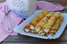 Őrületes grízes palacsintatészta bögrésen | Rupáner-konyha Köstliche Desserts, Delicious Desserts, Pancake Dessert, Cookie Recipes, Vegan Recipes, Cake Cookies, Hot Dog Buns, Deserts, Food And Drink