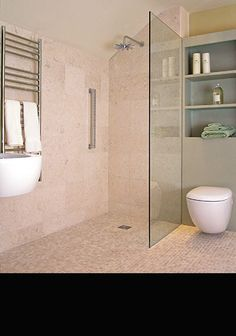 Sail Straight Shower Screen in 10mm Glass (70A)