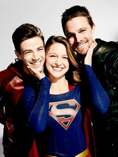 Discovered by My Shows. Find images and videos about arrow, the flash and grant gustin on We Heart It - the app to get lost in what you love. Supergirl Tv, Supergirl And Flash, Series Dc, Super Heroine, Flash Wallpaper, Superhero Shows, The Flash Grant Gustin, Dc Tv Shows, Univers Dc