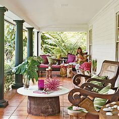 How to Decorate with Tropical Colors This veranda is strongly influenced by British Colonial style of India & the West Indies. It's bold tropical palette infuses the space with energy. Tropical Colors, Coastal Decor, British Colonial Style, House With Porch, Tropical Houses, Outdoor Rooms, Colonial Decor, Tropical Decor, Colonial Style