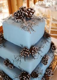 Zimowy tort ślubny