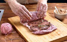 Schweinsrollbraten mit Gemüsepappardelle - Schweizer Fleisch Meat Recipes, Steak, Sandro, Food, Happy, Loosing Weight, Dried Tomatoes, Swiss Guard, Food Food