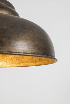 laurie lumière luminaire suspension industrielle métal patiné doré vieilli