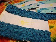 Banderas Argentinas: Ideas de cómo hacerlas con material descartable Ideas, Fashion, National Anthem, Holidays Events, Coat Of Arms, June, Moda, La Mode, Fasion