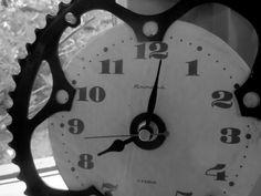 chain ring, boyfriend, ring clock
