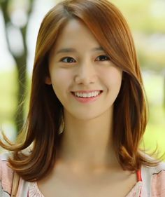 "Im YoonA (임윤아), The girl who introduced me to know ""Girls' Generation-SNSD"" named most popular kpop girl group. Sooyoung, Yoona Snsd, Im Yoon Ah, Love Rain, Korean Actresses, Sweet Girls, Pretty Girls, Girls Generation, Pretty Hairstyles"