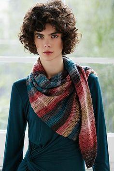 Haken. Deze gehaakte sjaal ongeveer 70 cm breedte x 116 cm lengte. 2 bollen Katia Polaris zijn genoeg. Haaknaald 3 1/2 mm. Patroon krijgt u er GRATIS bij. Polaris.jpg