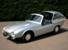 The Toyota Publica Sports was a concept car introduced for the first time at the 1962 Tokyo Auto Show.