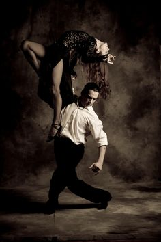 Latin dance - Carlos Barrionuevo and Mayte Valdes