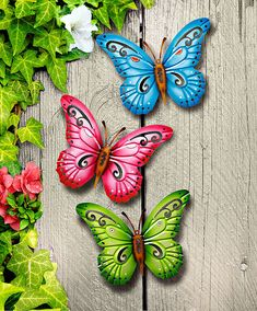 Butterfly Wall Art, Butterfly Painting, Butterfly Crafts, Clay Art Projects, Clay Crafts, Arts And Crafts, Metal Art Decor, Home Decor Wall Art, Soda Can Flowers