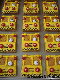 Graham cracker bus cookies for school birthday treat; for Kiersten's bus driver for Christmas or end-of-school.