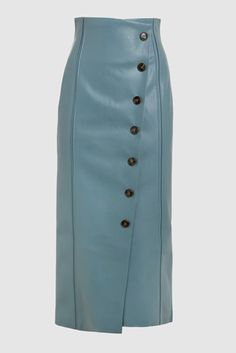Meghan Markle stepped out in a teal button-down and matching teal leather skirt—a seemingly unassuming outfit that's actually incredibly fashion-forward. Here, an analysis of her look—plus 11 ways to shop it. Green Pencil Skirts, Long Pencil Skirt, Pencil Skirt Casual, Pencil Skirt Outfits, High Waisted Pencil Skirt, Pencil Dresses, Skirt Outfits Modest, Midi Skirt Outfit, Long Leather Skirt