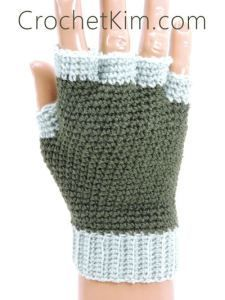 CrochetKim Free Crochet Pattern | Jersey Mitts Fingerless Mitts Gloves for men @crochetkim