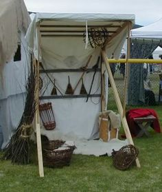 FireStryker Living History Forum : 15th Century Market Stalls
