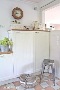 Summer-Kitchen  nice floor for the kitchen