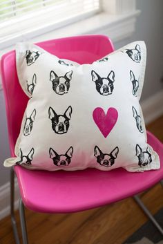 Boston terrier fuschia heart block print 20x20 by DarlingPrintsKY