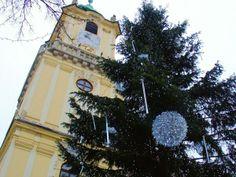 Christmas in Bratislava Old Town via @EuroTravelogue / Jeff Titelius