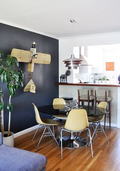 Love this whole home tour on SF Girl by Bay.