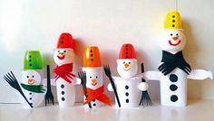 Basteln mit Klopapierrollen und Tetra Pak: Bunte Schneemänner