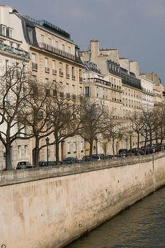 Ile Saint Louis, Quai d'Orléans, Paris IV