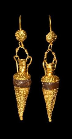 Hellenistic Gold and Carnelian Amphora Earrings, 5th-3rd Century BC.