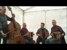 Schwyzerörgeli Quartett Ämmitau - YouTube