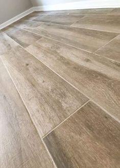 Home remodel wood plank tile flooring. Home renovation ideas. Home improvement. Plank Tile Flooring, Vinyl Wood Flooring, Wood Plank Flooring, Natural Wood Flooring, Wood Tile Floors, Wood Vinyl, Diy Flooring, Flooring Options, Wood Planks