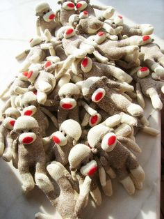I want those sock monkeys!! ALL of them!!! NOW!!!!!!!!!!!!!!!!!!!!!!!!!!!!!!!!
