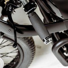 Honda CB550 'Black Mamba' by Hookie Co.