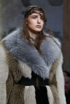 Marni Fall 2014 Ready-to-Wear Accessories Photos - Vogue