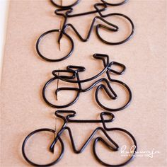 Wire Wrapped Jewelry, Wire Jewelry, Wire Bookmarks, Bike Craft, Art Fil, Wire Ornaments, String Crafts, Bicycle Art, Button Crafts