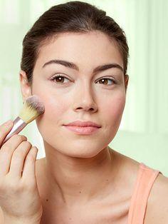 6 Genius Tricks for Stopping Summer Makeup Meltdown