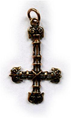 Ketting brons open omgekeerd kruis
