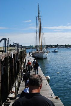 Heading for the schooner...