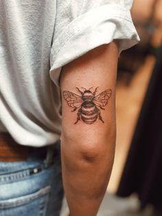 Above Elbow Tattoo, Elbow Tattoos, Forearm Tattoos, Body Art Tattoos, Sleeve Tattoos, Pretty Tattoos, Cute Tattoos, Beautiful Tattoos, Tatoos