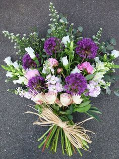 Funeral Flowers — Wendy Lewis Flowers - Florist in Hungerford & Marlborough Funeral Bouquet, Funeral Flowers, Funeral Flower Arrangements, Floral Arrangements, Cemetary Decorations, Funeral Sprays, British Flowers, Flower Meanings, Sympathy Flowers