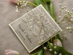 Zaproszenia ślubne rustykalne   Zaproszenia ślubne rustykalne   #decorisus #decoris #zaproszenia #slubnezaproszenia #zaproszenianaslub #rustykalnezaproszenia #rustykalnystyl #slub #wesele #papeteriaslubna #motywprzewodni #koronka #sznurek #eco #pannamloda #slubneinspiracje #weddingideas #weddinginvitations #rusticwedding #cards #bridetobe #wesele #rustykalnyslub #rustykalnystyl #rusticwedding #weddings #invitations #lace
