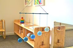 Moble, Montessori http://howwemontessori.typepad.com/how-we-montessori/otiss-montessori-room/