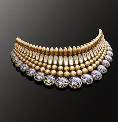 Antique Jewellery Designs, Jewelry Design, Bridal Jewelry, Gold Jewelry, Gold Necklace, Indian Jewelry Sets, Gold Bangles Design, Jewellery Sketches, Bollywood Jewelry