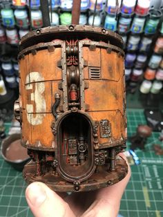 Great detailing and color contrasts. I can surely use this as inspiration. Warhammer 40k Tabletop, Warhammer Terrain, 40k Terrain, Game Terrain, Wargaming Terrain, Space Marine, Arte Steampunk, Foam Factory, Arte Robot