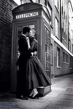 Vintage Inspired Engagement Photography | Stunning Black and White Photography