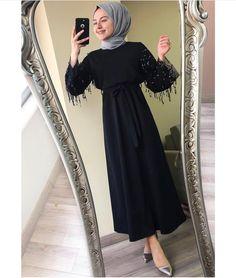 Pakistani Fashion Casual, Abaya Fashion, Modest Fashion, Fashion Dresses, Hijab Evening Dress, Hijab Dress Party, Evening Dresses, Hijab Mode, Mode Abaya