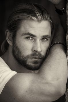 "Australian actor and ""Thor"" star, Chris Hemsworth's outtakes from his recent photoshoot for Empire Magazine have recently found their way out of the photographer's computer and into our picture files. Check them out! B ・ O ・ W ・ D ・ O ・ W ・ N More photos to be reblogged from the…"